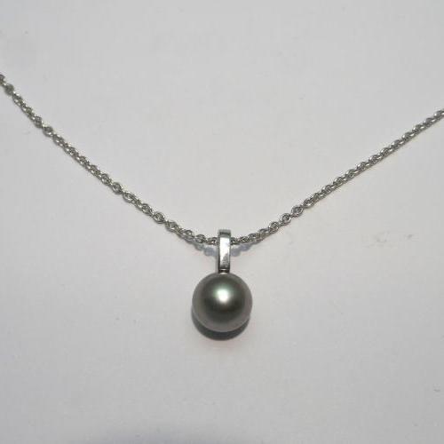 perle Tahiti en collier fait main